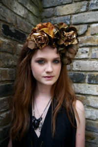Bonnie Wright Measurements, Height, Weight, Bra Size, Age, Wiki, Affairs