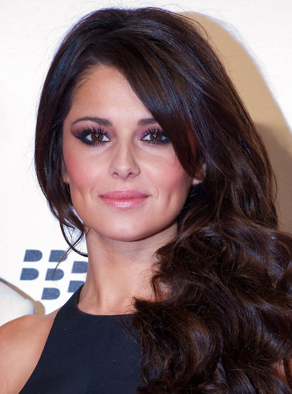 Cheryl Cole Measurements, Height, Weight, Bra Size, Age, Wiki, Affairs