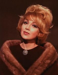 Edie Adams Measurements, Height, Weight, Bra Size, Age, Wiki, Affairs