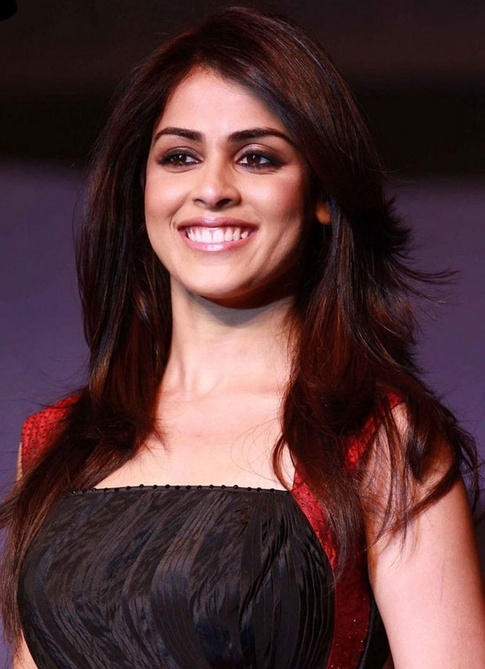Genelia DSouza Measurements, Height, Weight, Bra Size, Age, Wiki, Affairs