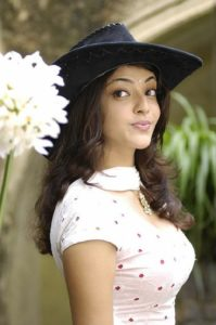 Kajal Measurements, Height, Weight, Bra Size, Age, Wiki, Affairs