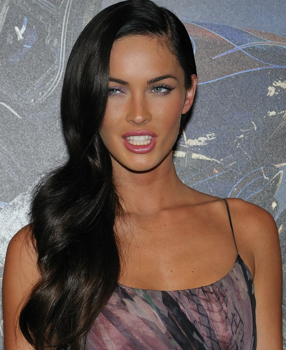 Megan Fox Measurements, Height, Weight, Bra Size, Age, Wiki, Affairs