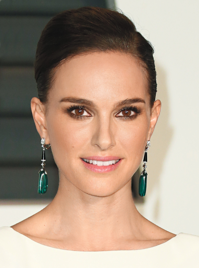 Natalie Portman Measurements, Height, Weight, Bra Size, Age, Wiki, Affairs