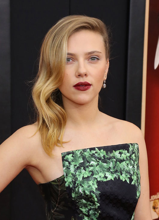 Scarlett Johansson Measurements, Height, Weight, Bra Size, Age, Wiki, Affairs