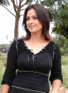 Simran Bagga Measurements, Height, Weight, Bra Size, Age, Wiki, Affairs