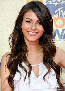 Victoria Justice Measurements, Height, Weight, Bra Size, Age, Wiki, Affairs