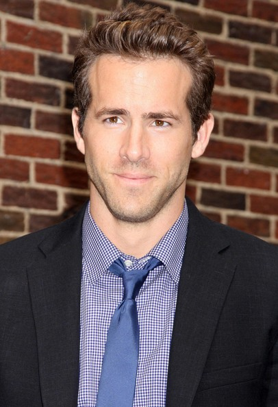 Ryan Reynolds Height, Weight, Body stats, Wiki