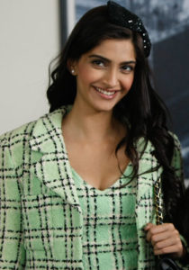 Sonam Kapoor Measurements, Height, Weight, Bra Size, Age, Wiki, Affairs