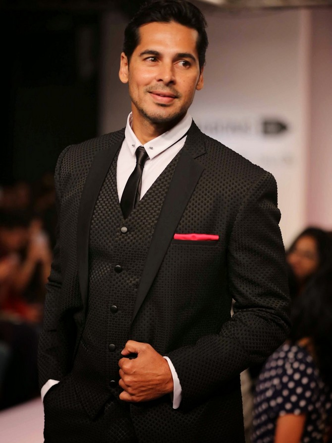 Dino Morea Height, Weight, Body stats, Wiki