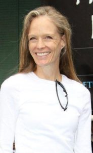 Suzy Amis Measurements, Height, Weight, Bra Size, Age, Wiki, Affairs