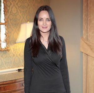Andrea Roche Measurements, Height, Weight, Bra Size, Age, Wiki, Affairs