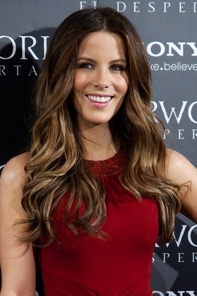 kate-beckinsale-measurements-height-weight-bra-size-age-wiki-affairs