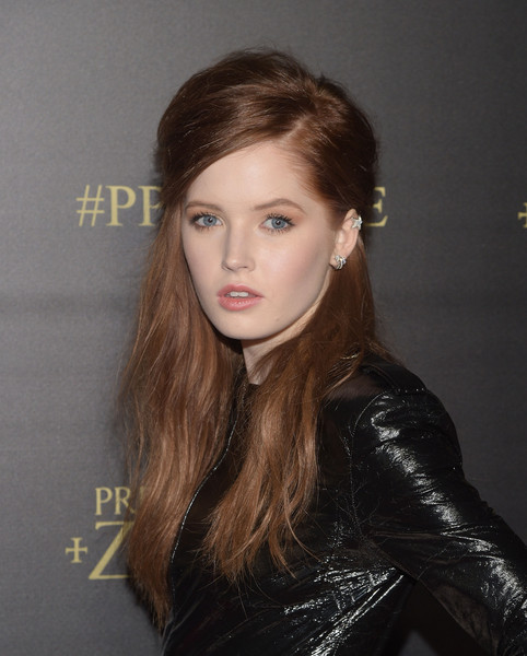 Ellie Bamber Measurements Height Weight Bra Size Age Wiki Affairs