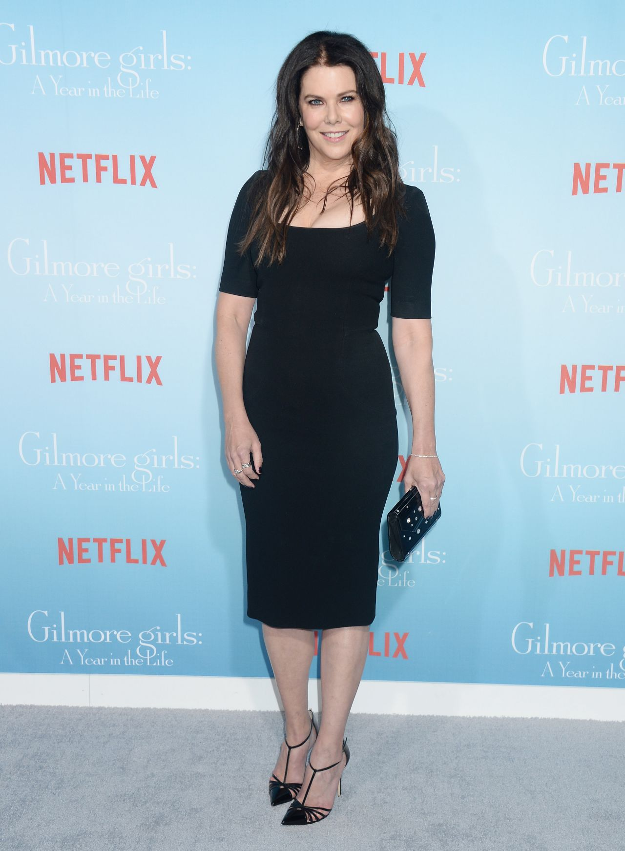 Lauren Graham Measurements Height Weight Bra Size Age Wiki Affairs