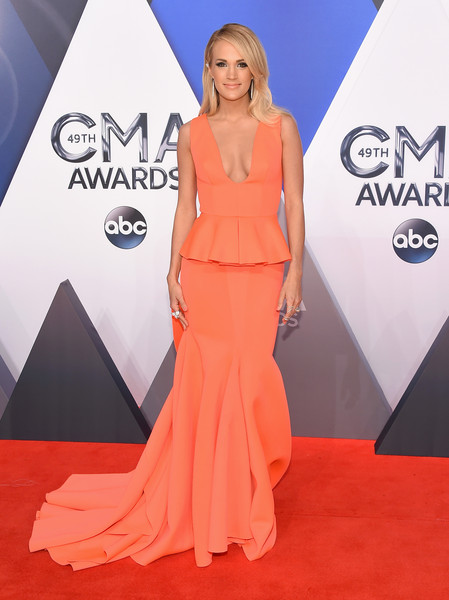Carrie Underwood Bra Size Height Weight Body Measurements Wiki