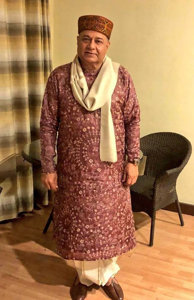 Anup Jalota Height Weight Body Stats Biceps Wiki Measurements