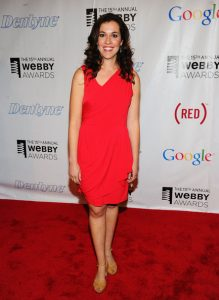 Emily Warren Bra Size Height Weight Body Measurements Wiki