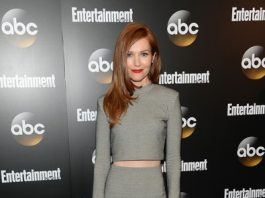 Darby Stanchfield Bra Size Height Weight Body Measurements Wiki
