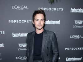 Tyler Blackburn Height Weight Body Stats Biceps Wiki Measurements